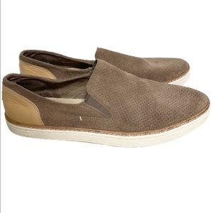 UGG women's brown suede Adley loafers size 10